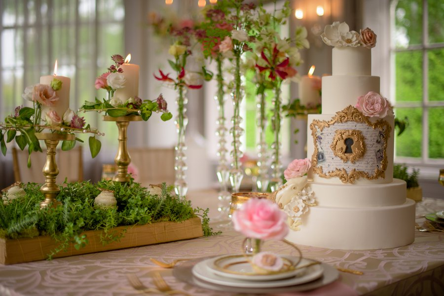 pictures of fairytale wedding cakes fairytale themed wedding cake a wedding cake theme 18400